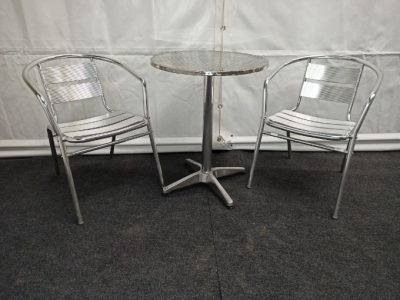 Bistrotafel met 2 bolero stoelen